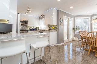 Photo 3: 21060 118 Avenue in Maple Ridge: Southwest Maple Ridge House for sale : MLS®# R2153246