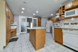 """Photo 8: 4667 200 Street in Langley: Langley City House for sale in """"Langley"""" : MLS®# R2564320"""