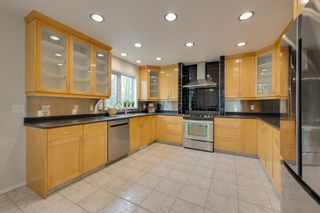 Photo 9: 1011 116 Street in Edmonton: Zone 16 House for sale : MLS®# E4245930