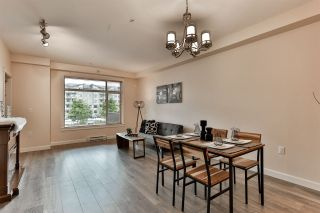 """Photo 5: B323 20716 WILLOUGHBY TOWN CENTRE Drive in Langley: Willoughby Heights Condo for sale in """"Yorkson Downs"""" : MLS®# R2459046"""