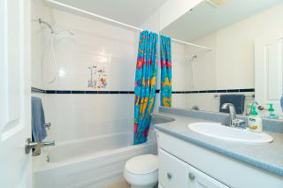 Photo 14: 4822 DUNDAS STREET in Burnaby: Capitol Hill BN House for sale (Burnaby North)  : MLS®# R2329701