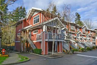 Photo 1: 145 15168 36 AVENUE in South Surrey White Rock: Home for sale : MLS®# R2325399