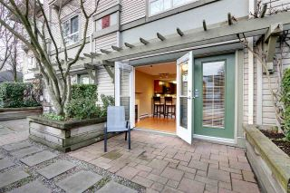 "Photo 3: 2 2375 W BROADWAY in Vancouver: Kitsilano Condo for sale in ""TALIESIN"" (Vancouver West)  : MLS®# R2524547"