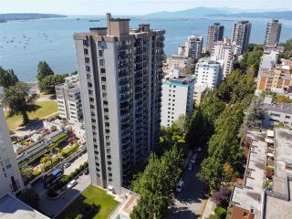 """Photo 2: 2001 1330 HARWOOD Street in Vancouver: West End VW Condo for sale in """"Westsea Towers"""" (Vancouver West)  : MLS®# R2481214"""