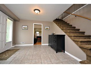 """Photo 3: 4522 62ND Street in Ladner: Holly House for sale in """"HOLLY"""" : MLS®# V990375"""