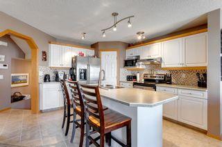Photo 7: 238 Mt Douglas Court SE in Calgary: McKenzie Lake Detached for sale : MLS®# A1093019