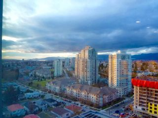 """Photo 5: 1803 5665 BOUNDARY Road in Vancouver: Collingwood VE Condo for sale in """"Wall Centre"""" (Vancouver East)  : MLS®# R2625088"""