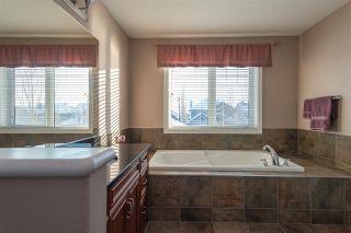 Photo 16: 3040 MACNEIL Way in Edmonton: Zone 14 House for sale : MLS®# E4221620