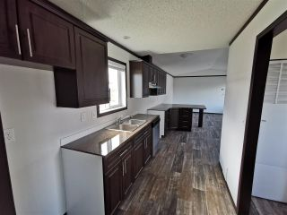 "Photo 4: 8711 74 Street in Fort St. John: Fort St. John - City SE Manufactured Home for sale in ""SOUTH ANNOEFIELD"" (Fort St. John (Zone 60))  : MLS®# R2553301"