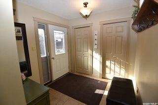 Photo 2: 309 7th Avenue East in Nipawin: Residential for sale : MLS®# SK851862