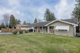 Photo 1: 2574 SUNNYSIDE Crescent in Abbotsford: Abbotsford West House for sale : MLS®# R2440797