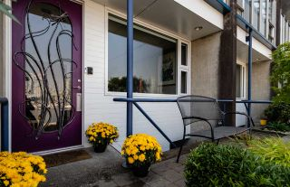 Photo 4: 694 MILLBANK in Vancouver: False Creek Townhouse for sale (Vancouver West)  : MLS®# R2496672