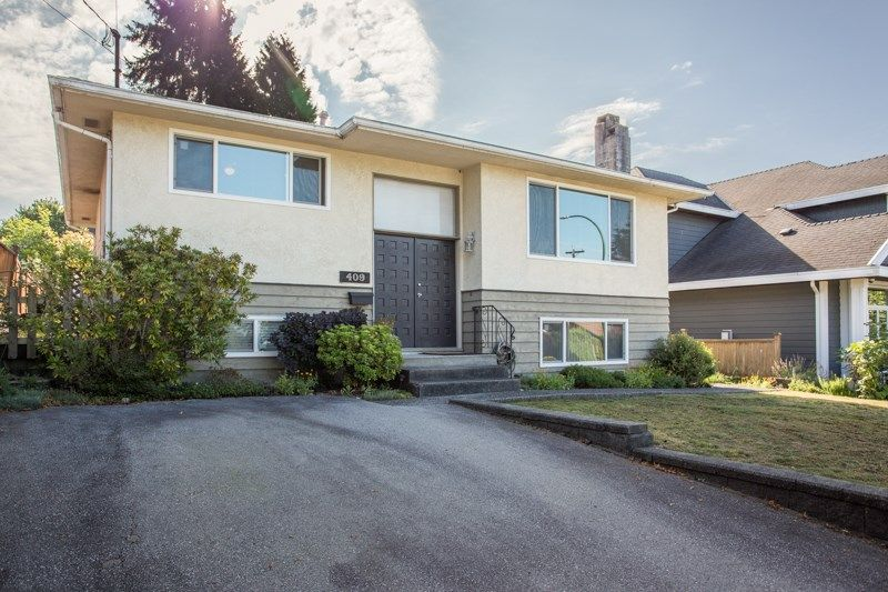 Main Photo: 409 MUNDY Street in Coquitlam: Central Coquitlam House for sale : MLS®# R2483740
