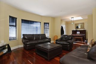 """Photo 3: 859 W 24TH Avenue in Vancouver: Cambie House for sale in """"DOUGLAS PARK"""" (Vancouver West)  : MLS®# V1043615"""