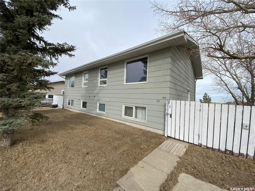 Main Photo: 100 GOVERNMENT Road in Davidson: Residential for sale : MLS®# SK849412