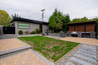 Photo 30: 2077 W 61ST Avenue in Vancouver: S.W. Marine House for sale (Vancouver West)  : MLS®# R2616205