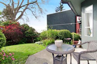 "Photo 11: 201 121 W 29TH Street in North Vancouver: Upper Lonsdale Condo for sale in ""Somerset Green"" : MLS®# R2066610"
