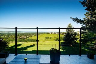 Photo 33: 204 Edelweiss Drive in Calgary: Edgemont Detached for sale : MLS®# A1117841