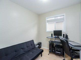 Photo 9: 215 Snell Crescent in Saskatoon: Stonebridge Residential for sale : MLS®# SK730695