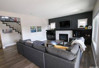Photo 3: 204 Valley Meadow Court in Swift Current: Sask Valley Residential for sale : MLS®# SK763802
