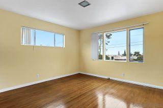 Photo 26: SOLANA BEACH House for sale : 3 bedrooms : 654 Glenmont