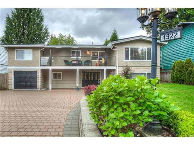 Main Photo: 1922 CUSTER Court in Coquitlam: Harbour Place House for sale : MLS®# V1122090