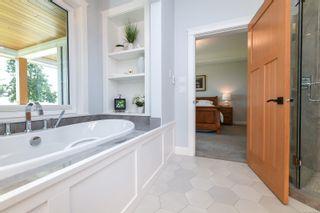 Photo 27: 955 Balmoral Rd in : CV Comox Peninsula House for sale (Comox Valley)  : MLS®# 885746