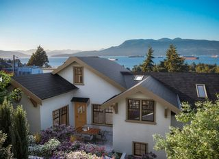 """Main Photo: B 4411 W 4TH Avenue in Vancouver: Point Grey Townhouse for sale in """"HERITAGE POINT GREY"""" (Vancouver West)  : MLS®# R2628093"""