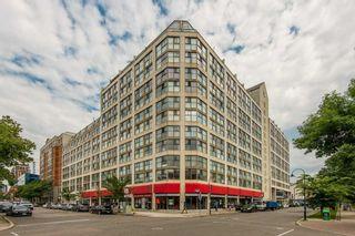 Photo 1: 711 222 The Esplanade Street in Toronto: Waterfront Communities C8 Condo for sale (Toronto C08)  : MLS®# C4900923
