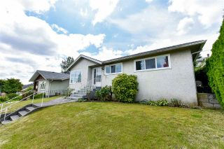 Photo 4: 912 KENT Street in New Westminster: The Heights NW House for sale : MLS®# R2475352