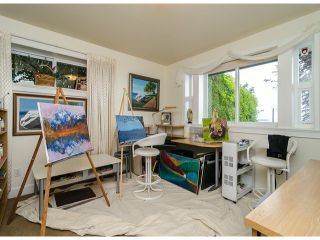 Photo 11: 15277 COLUMBIA Avenue: White Rock House for sale (South Surrey White Rock)  : MLS®# F1322923