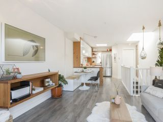 """Photo 7: 209 1195 W 8TH Avenue in Vancouver: Fairview VW Townhouse for sale in """"ALDER COURT"""" (Vancouver West)  : MLS®# R2560654"""