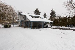 Photo 1: 6173 184 Street in Surrey: Cloverdale BC 1/2 Duplex for sale (Cloverdale)  : MLS®# R2539156