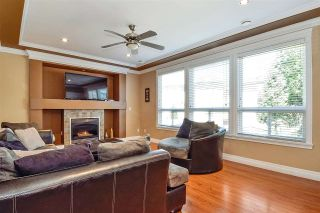 """Photo 12: 6351 167B Street in Surrey: Cloverdale BC House for sale in """"West Cloverdale"""" (Cloverdale)  : MLS®# R2475893"""