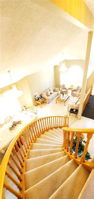 Photo 8: 15719 77 Street in Edmonton: Zone 28 House for sale : MLS®# E4239195