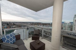 Photo 5: 1903 638 BEACH CRESCENT in Vancouver: Yaletown Condo for sale (Vancouver West)  : MLS®# R2339552
