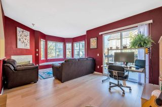 "Photo 9: 102 3880 WESTMINSTER Highway in Richmond: Terra Nova Townhouse for sale in ""Mayflower"" : MLS®# R2573048"