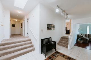 Photo 4: 5448 KENSINGTON Road in Sechelt: Sechelt District House for sale (Sunshine Coast)  : MLS®# R2611334