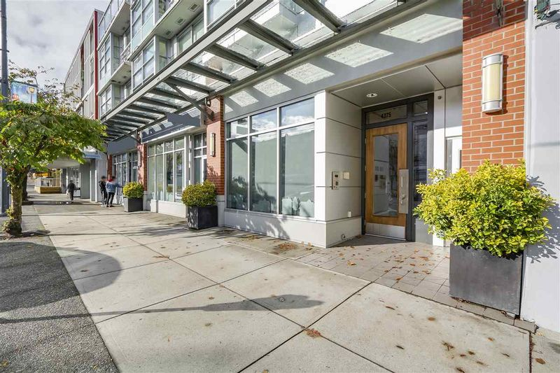 FEATURED LISTING: 201 - 4375 10TH Avenue West Vancouver