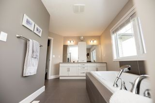 Photo 27: 540 56 Street in Edmonton: Zone 53 House for sale : MLS®# E4254680