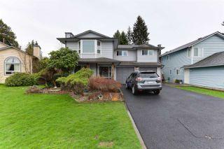 Photo 1: 20186 BRUCE Avenue in Maple Ridge: Southwest Maple Ridge House for sale : MLS®# R2564425