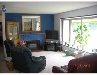 """Photo 3: 1238 ROSEWOOD in North_Vancouver: Norgate House for sale in """"NORGATE"""" (North Vancouver)  : MLS®# V649470"""