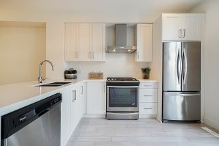 """Photo 8: 42 8570 204 Street in Langley: Willoughby Heights Townhouse for sale in """"Woodland Park"""" : MLS®# R2349258"""