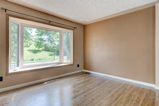 Photo 7: 6131 Lacombe Way SW in Calgary: Lakeview Detached for sale : MLS®# A1129548