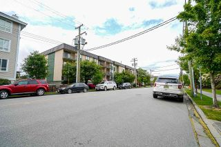 """Photo 2: 311 45744 SPADINA Avenue in Chilliwack: Chilliwack W Young-Well Condo for sale in """"Applewood Court"""" : MLS®# R2581802"""