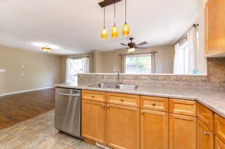 Photo 8: 230 HYNDMAN Crescent in Edmonton: Zone 35 House for sale : MLS®# E4264203