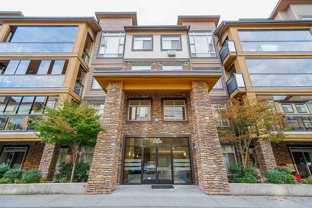 Front Entrance West Coast Whistler Style! Spectacular Whistler West Coast architecture & interior design - CEDAR DOWNS.