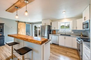 Photo 2: 1617 Maquinna Ave in : CV Comox (Town of) House for sale (Comox Valley)  : MLS®# 867252