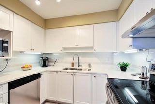 """Photo 9: 104 15111 RUSSELL Avenue: White Rock Condo for sale in """"Pacific Terrace"""" (South Surrey White Rock)  : MLS®# R2545193"""