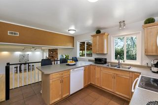 Photo 7: 1209 Camas Crt in Saanich: SE Lake Hill House for sale (Saanich East)  : MLS®# 844776